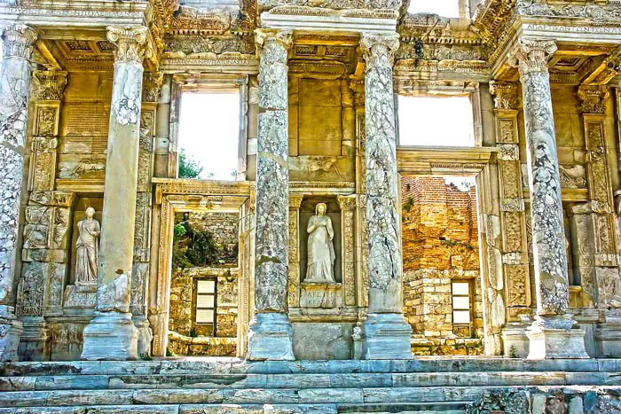 Guided Ephesus tours Celsus Library