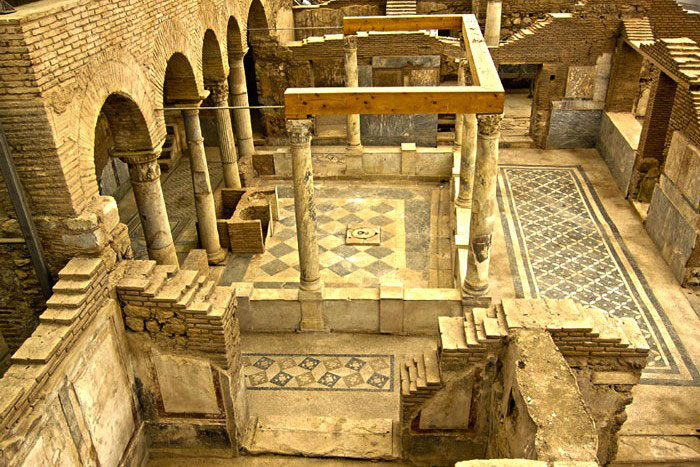 Private guided Ephesus tours terrace houses inner